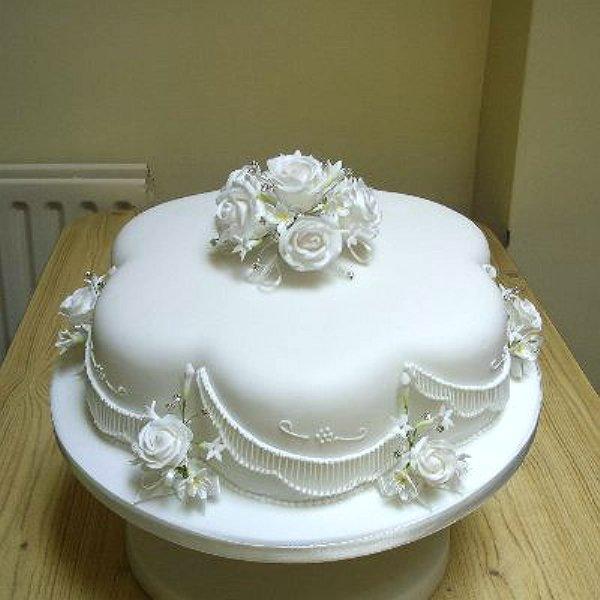 Cake Designs For Silver Jubilee : North Devon Cantel Cakes Seasons